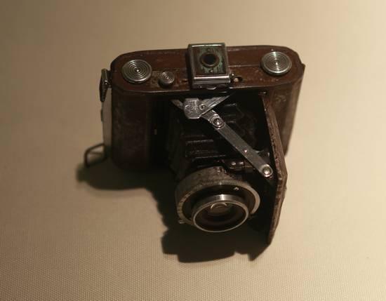 缴获日军相机.